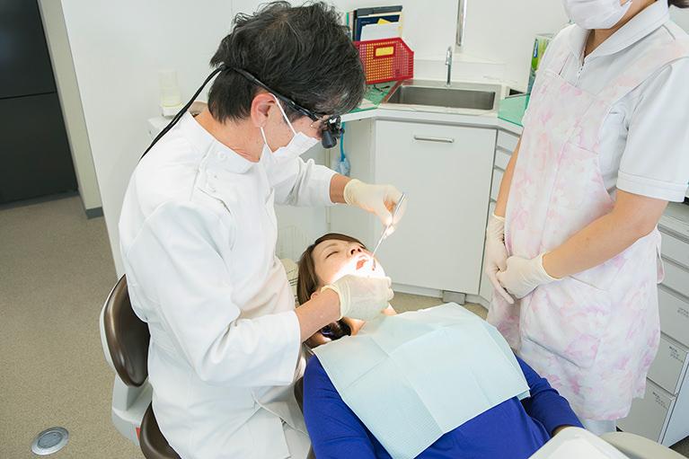 サージテルを使用した精度の高い根管治療